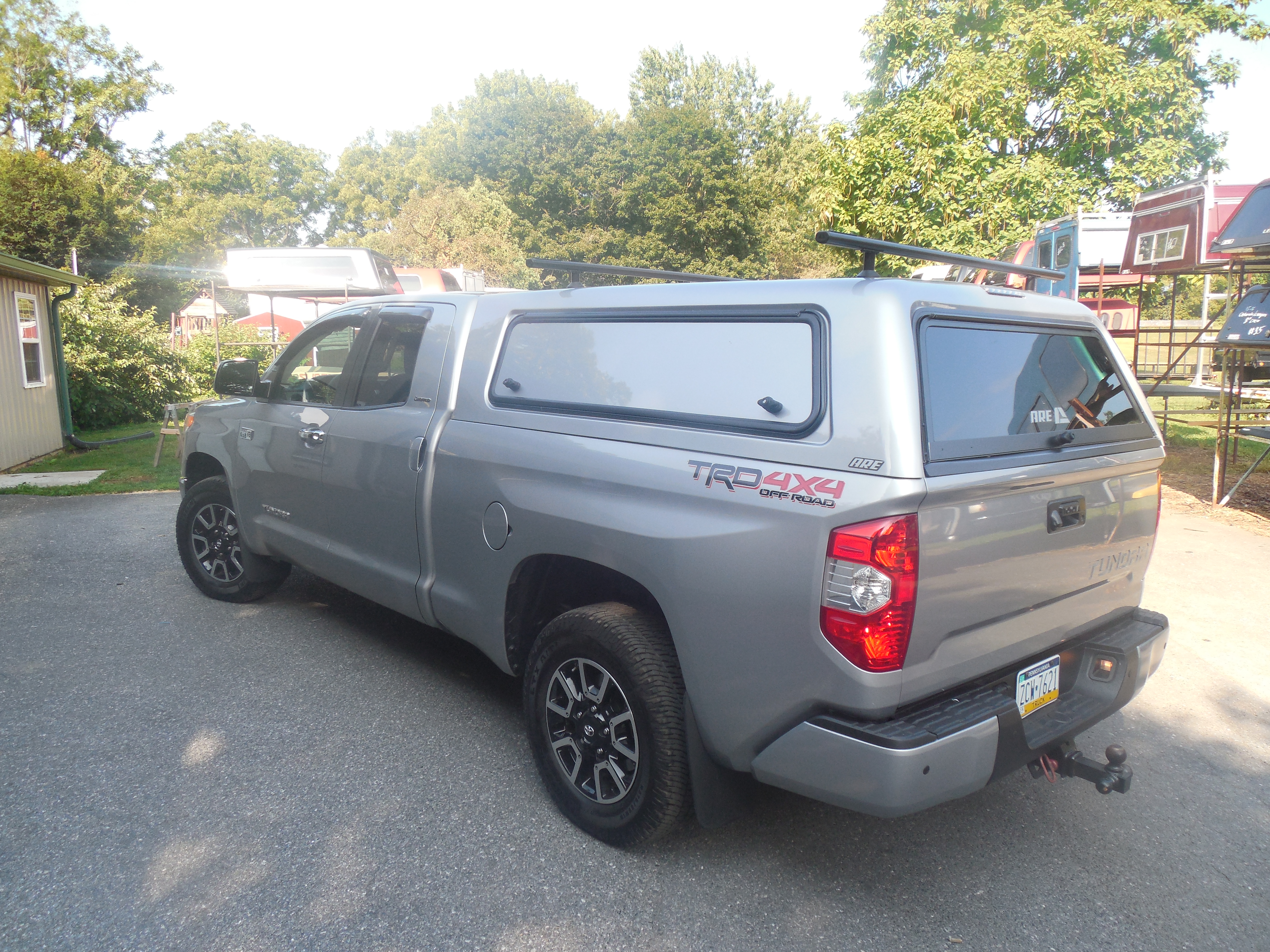 2016 Toyota Tundra with ARE CX HD Series | Ishler's Truck Caps